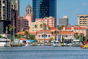 st-petersburg-yacht_club_downtown