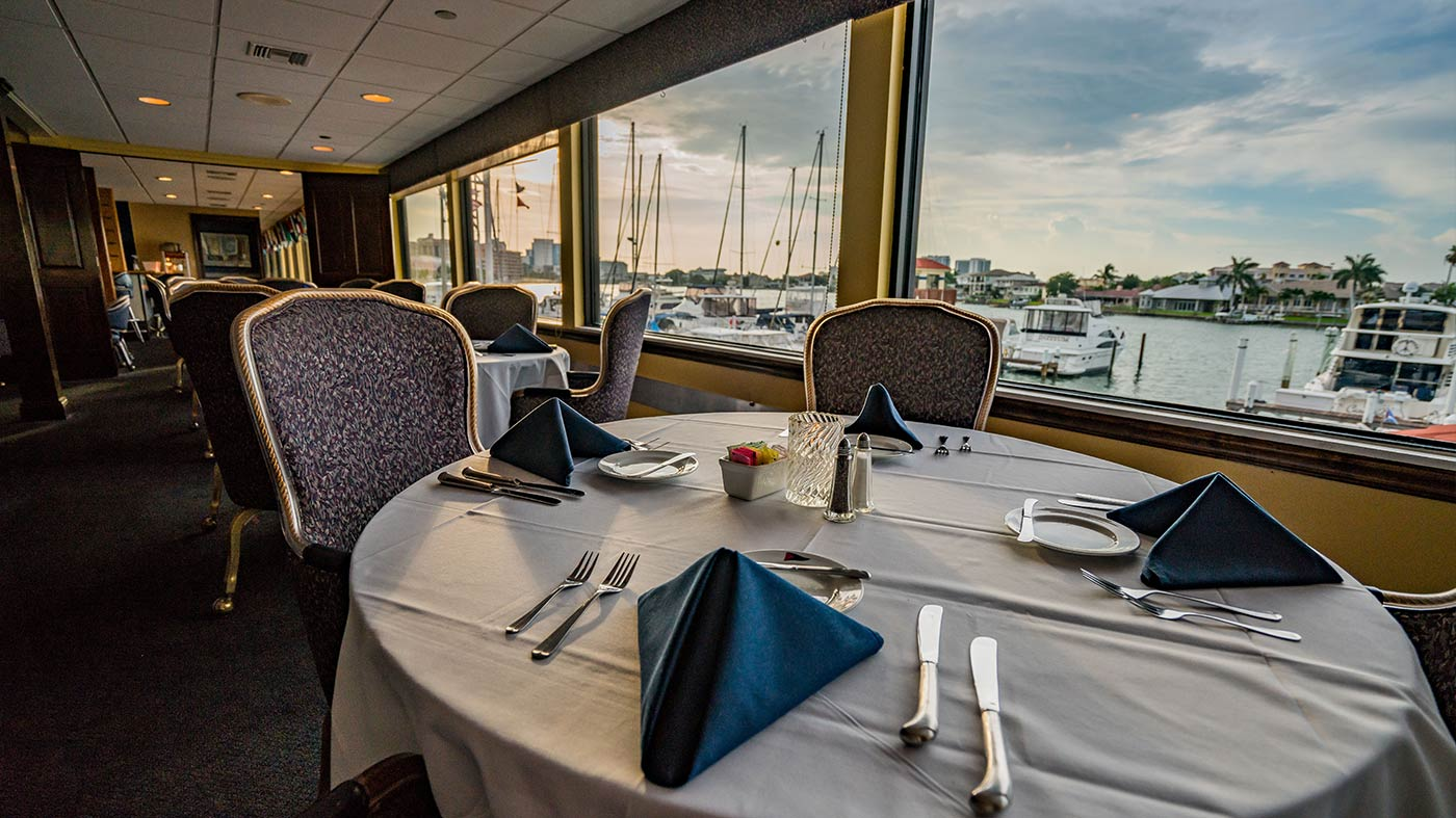 Dining at Clearwater Yacht Club